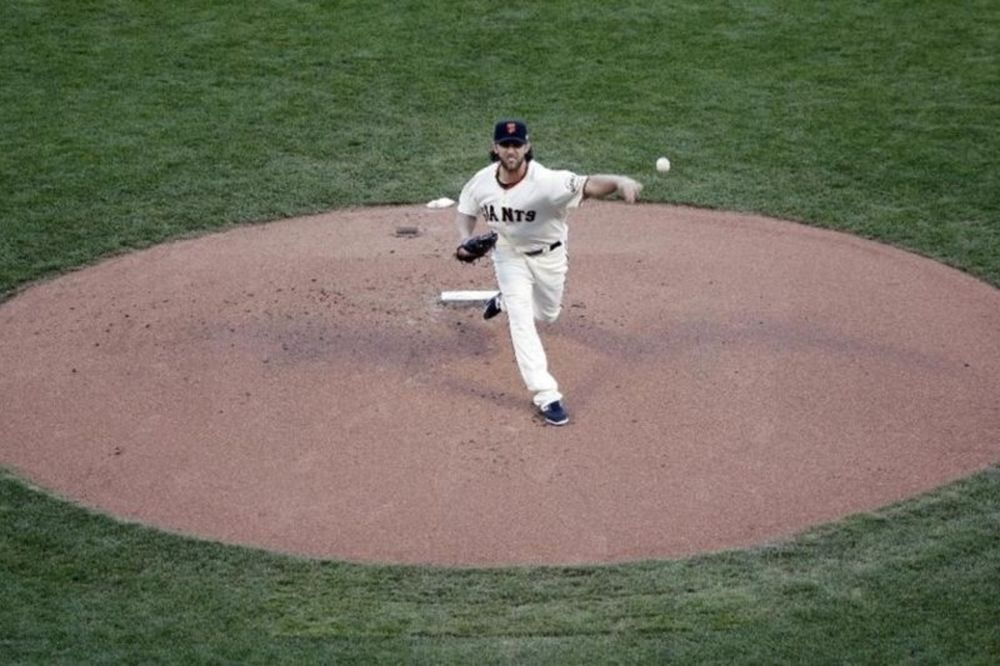 MLB: Νέα κυριαρχία από Bumgarner και 3-2 για Τζάιαντς (videos)
