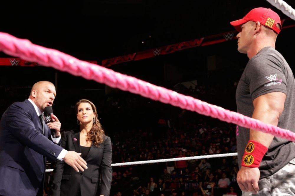 Raw: Αναλαμβάνει τη διάλυση των Authority o Cena (photos+videos)