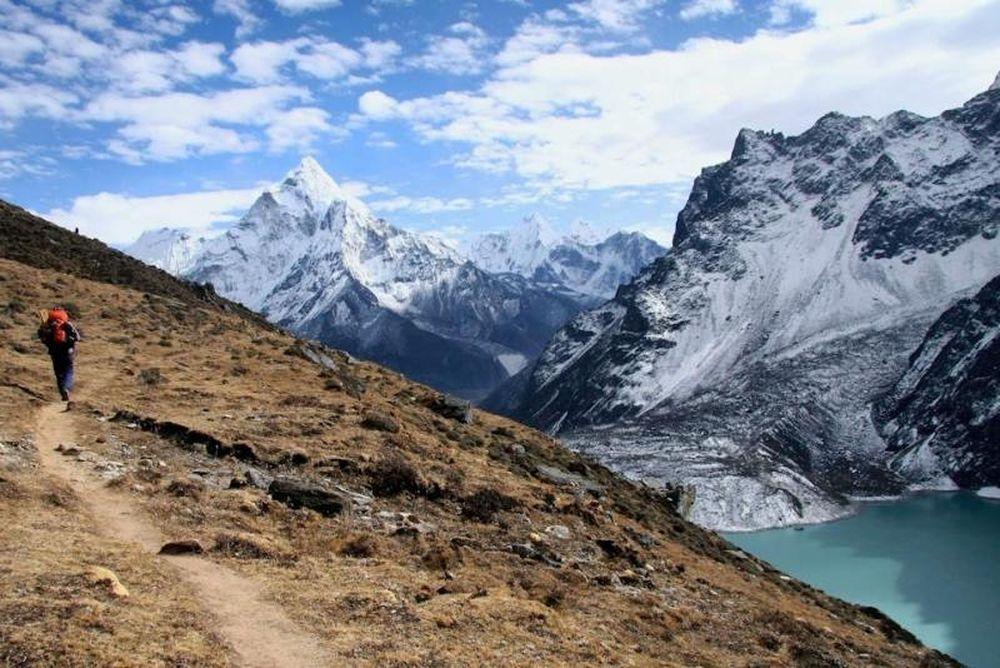 «Solukhumbu Τrail»: Στο Νεπάλ οι Ματθαίου και Μαυρίκιος (photos)