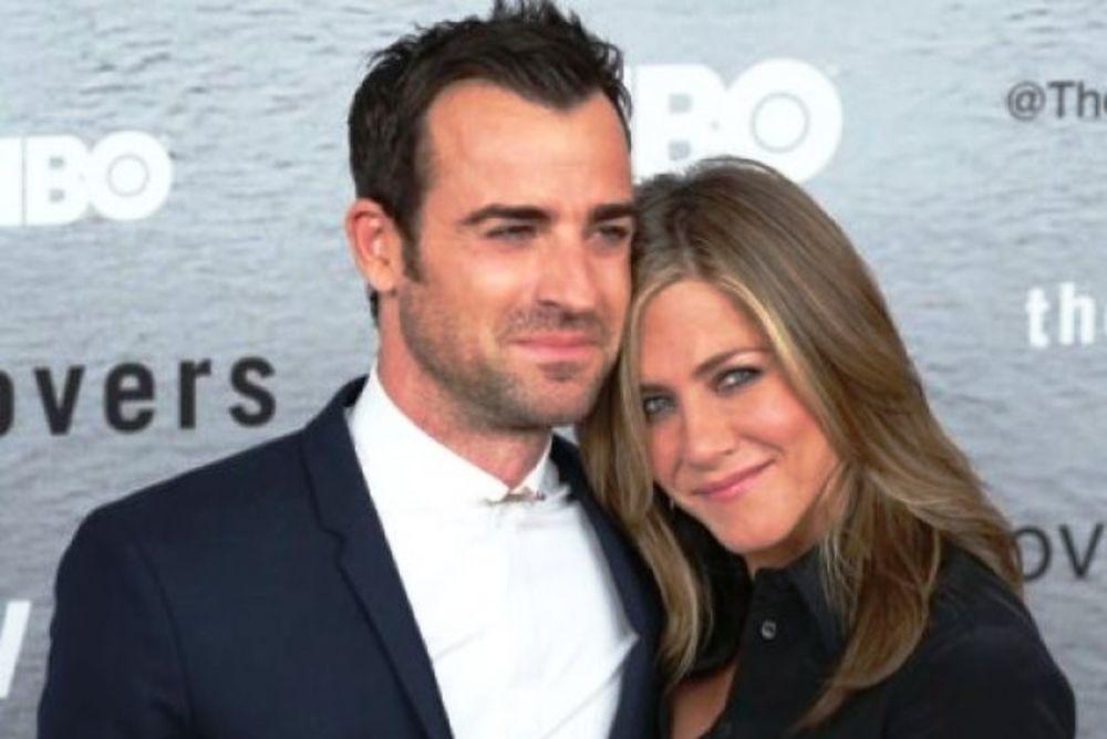 Χώρισε η Jennifer Aniston; Οι φωτογραφίες που άναψαν φωτιές!