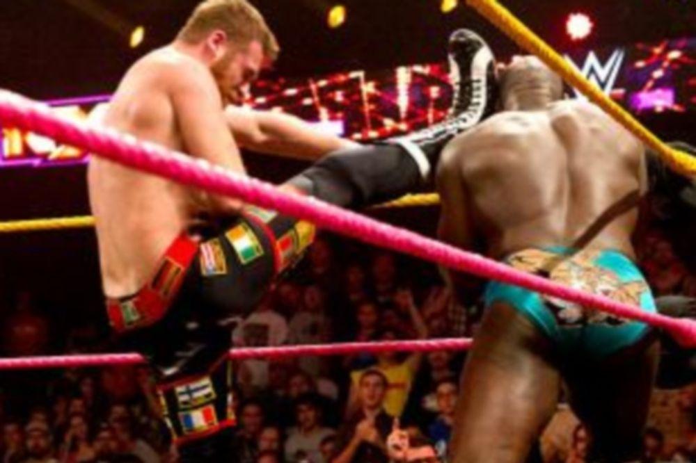 NXT: Πέρασε το τεστ ο Sami Zayn (photos+videos)