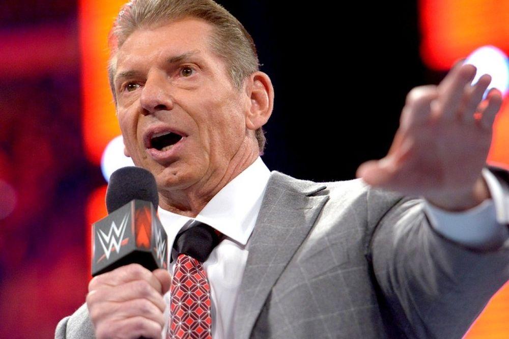 Raw: Επέστρεψε ο Vince McMahon (photos+videos)