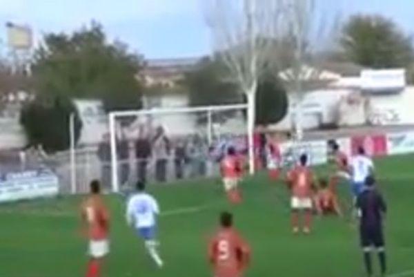Ισπανία: «Γκολ - σκορπιός» από τερματοφύλακα στις καθυστερήσεις! (video)