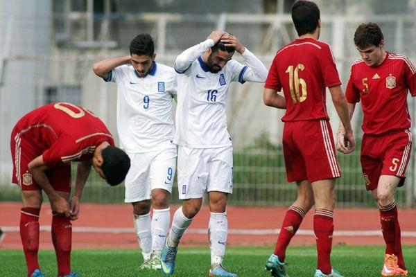 Ήττα για τη Νέων, 3-2 από Ισπανία (photos)