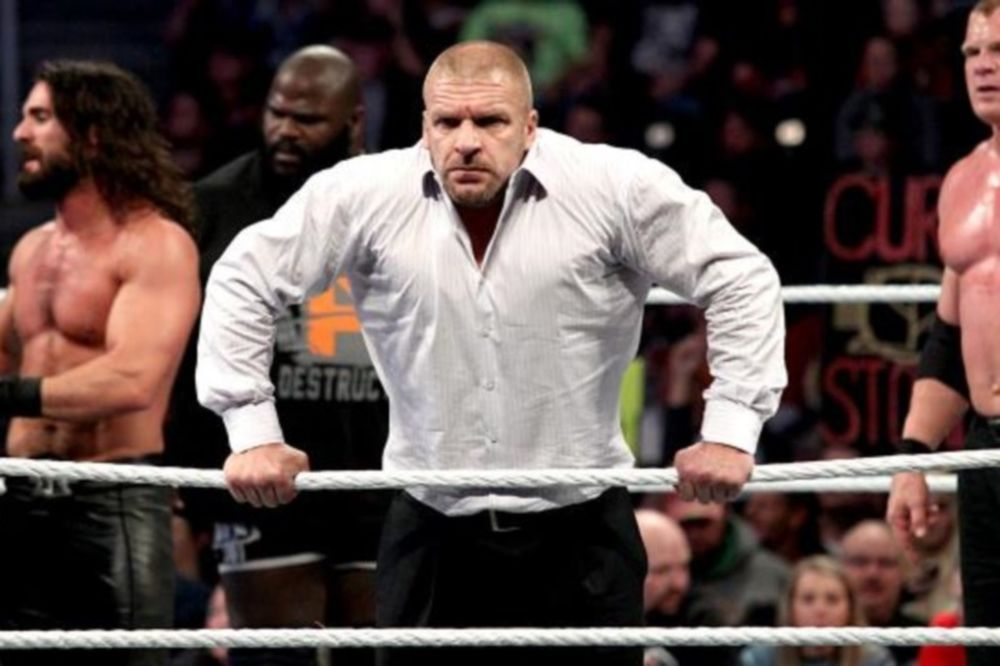 SmackDown: Τελευταία προειδοποίηση του HHH (photos+videos)