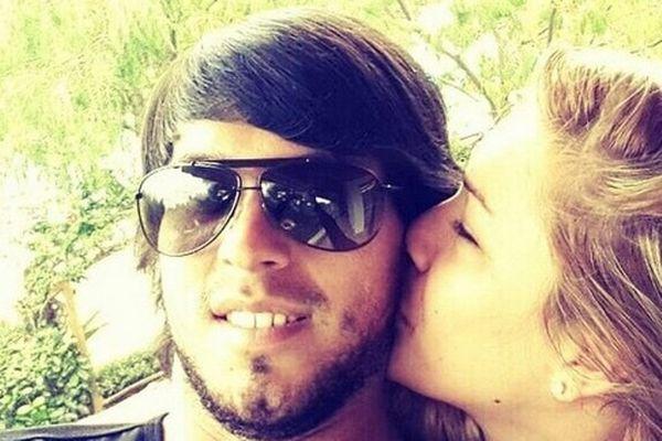 Ολυμπιακός: Το «καυτό» φιλί της... Τσικιτίτα στον Μπενίτεζ (photo)
