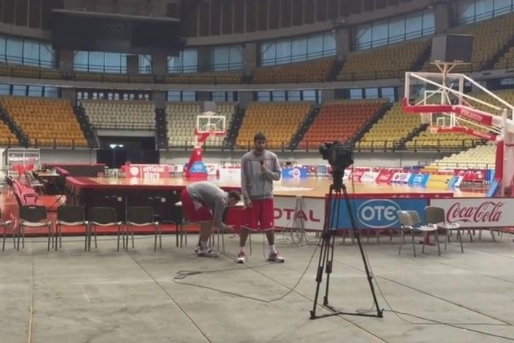 Ολυμπιακός: Πειράζει Πρίντεζη ο Παπαπέτρου (video)