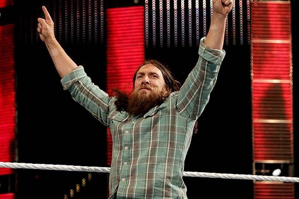 Raw: Γύρισε ο Daniel Bryan! (videos+photos)