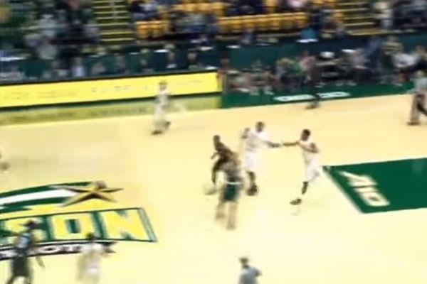 NCAA: Ηρωικό buzzer beater πίσω από το κέντρο! (video)