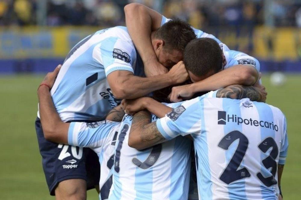 Αργεντινή: Γκολάρα και... εισβολή για Ρίβερ, τίτλος για Ρασίνγκ (videos)