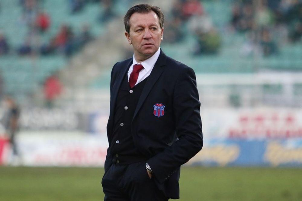 Γκρανέρο: «Ντροπή οι αγώνες σε τέτοια γήπεδα»