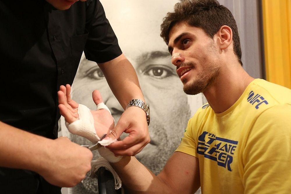 UFC: Heavyweight, Light Heavyweight και Middleweight o Antonio Carlos Jr.