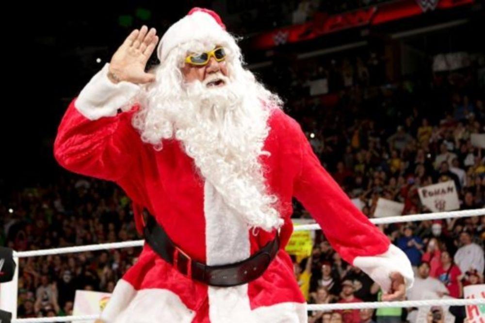 Raw: Χριστούγεννα με Hulk Hogan (videos+photos)