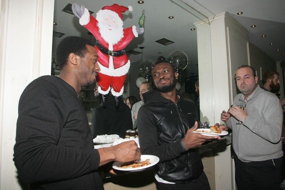Άρης: Γιόρτασε χριστουγεννιάτικα (photos)