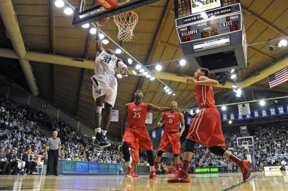 NCAA: «Βαριά» ήττα για το NJIT του Τσελεντάκη (videos)