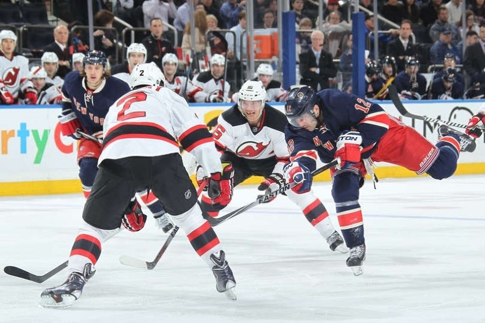 NHL: Προέλαση των Ρέιντζερς (videos)
