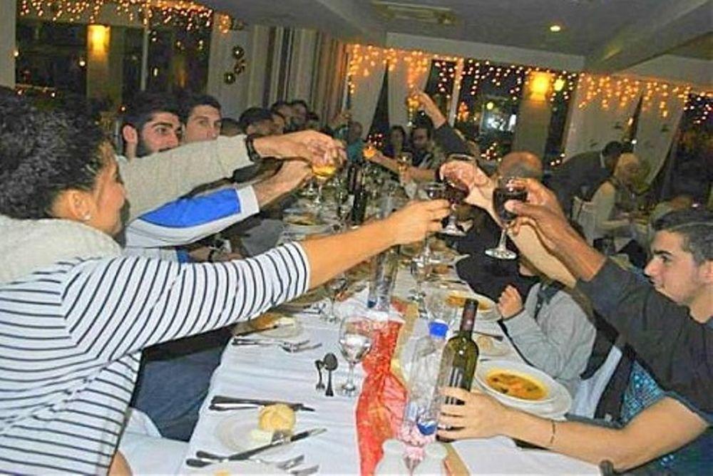 Κολοσσός Ρόδου: Εορταστικό δείπνο