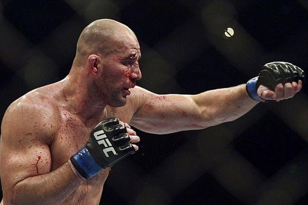 UFC Fight Night 66: Τραυματισμός Glover Teixeira, νέο main event