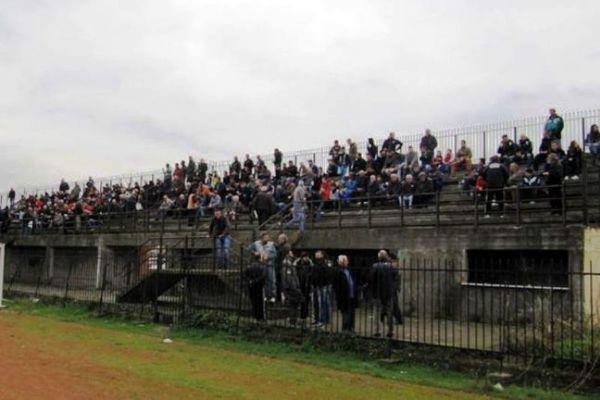 Ξύλο σε ματς στην Ημαθία, με τραυματίες και συλλήψεις