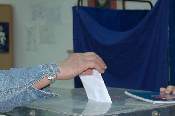 Εκλογές 2015: Από τα γήπεδα... στα βουλευτικά έδρανα
