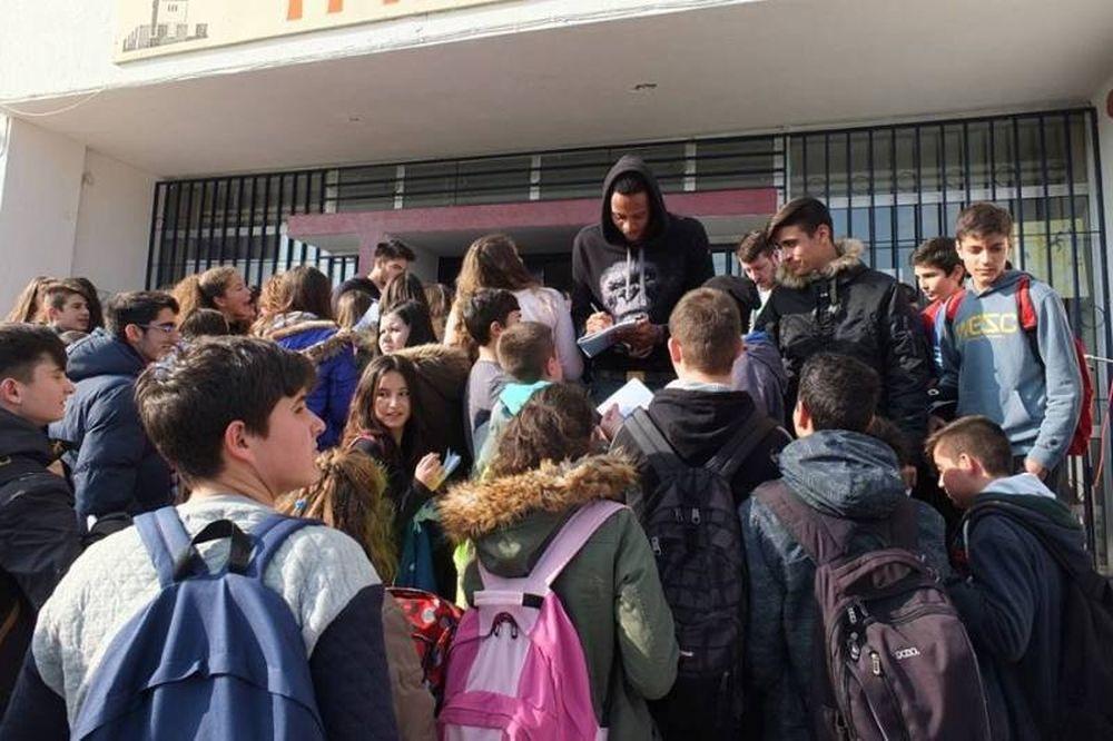 Τρίκαλα BC: Στο 6ο Γυμνάσιο (photos)