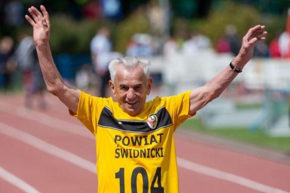 Ρεκόρ στα 60 μέτρα από δρομέα... 104 ετών! (videos)