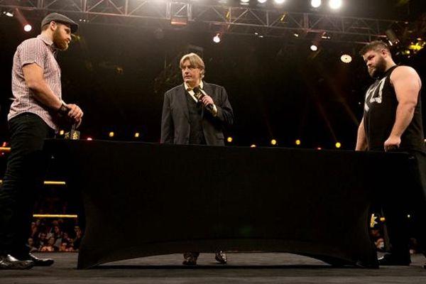 NXT: Υπογραφές και νέοι πρωταθλητές (photos+videos)