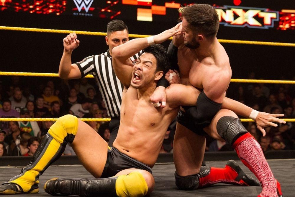 NXT: Φίλος και φιναλίστ ο Finn Balor (videos+photos)