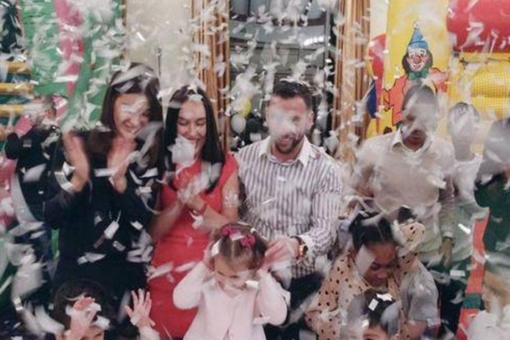 Σε… παιδικό πάρτι οι παίκτες του ΠΑΟΚ! (video)