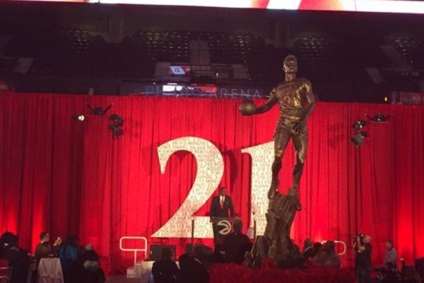 Ατλάντα Χοκς: Παρουσίασαν το άγαλμα του Ντομινίκ Ουίλκινς