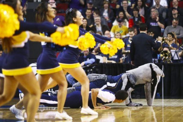 NCAA: Αποκλεισμός για Δημακόπουλο και Γιαμούκη (videos)