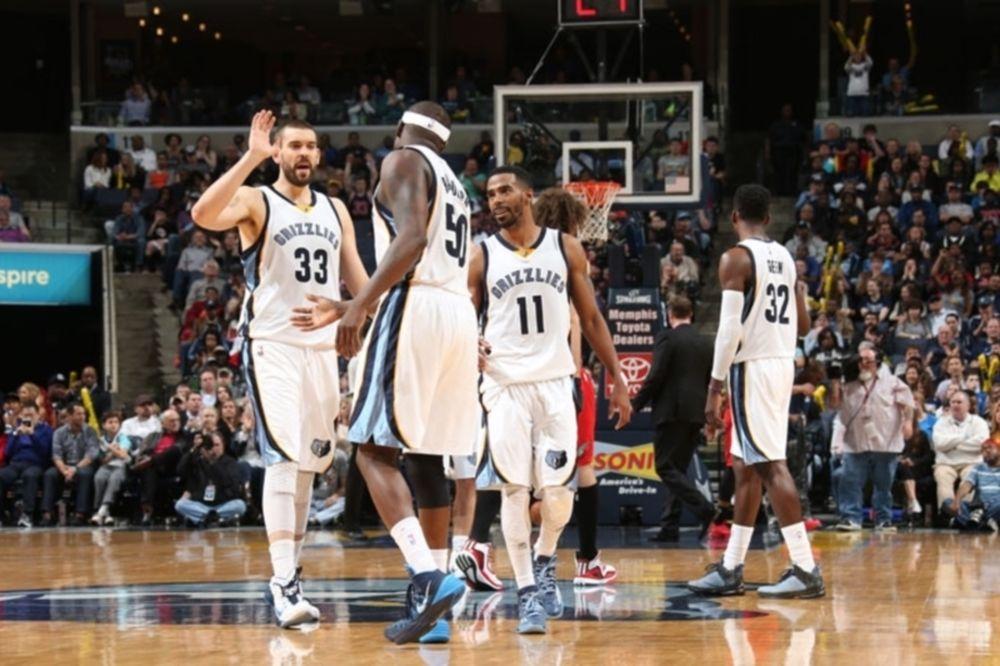 NBA: Όλα βολικά για τους Γκρίζλις