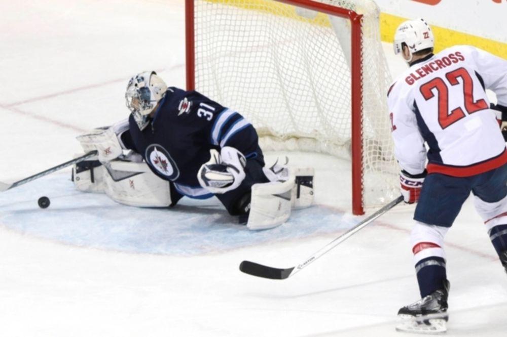 NHL: Κορυφαίος της εβδομάδας ο Ondrej Pavelec (videos)