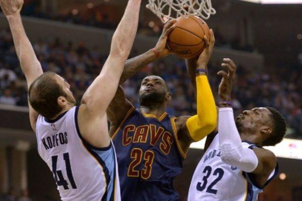 NBA: «Πλήρωσαν» οι Γκρίζλις των Κουφού και Καλάθη (videos)