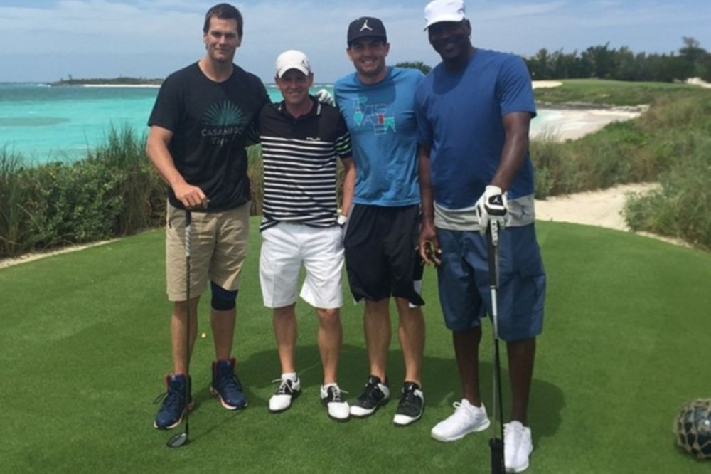 Σάρλοτ Χόρνετς: Μπάσκετ στις Μπαχάμες ο Τζόρνταν! (video)