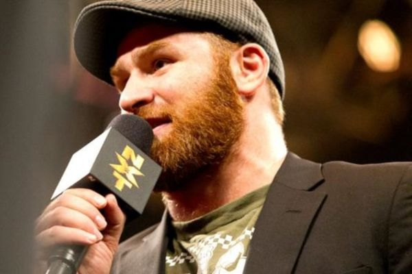 NXT: Μόνο ζώνη για Sami Zayn (photos+videos)