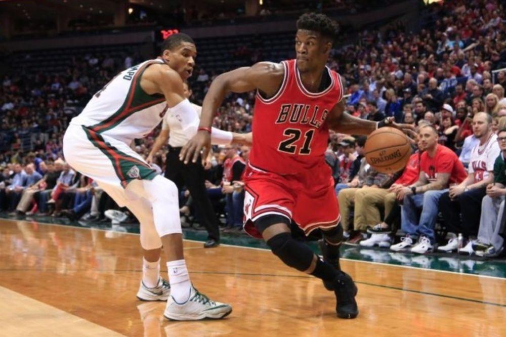 NBA: Σπάει και παραδόσεις ο Αντετοκούνμπο (videos)