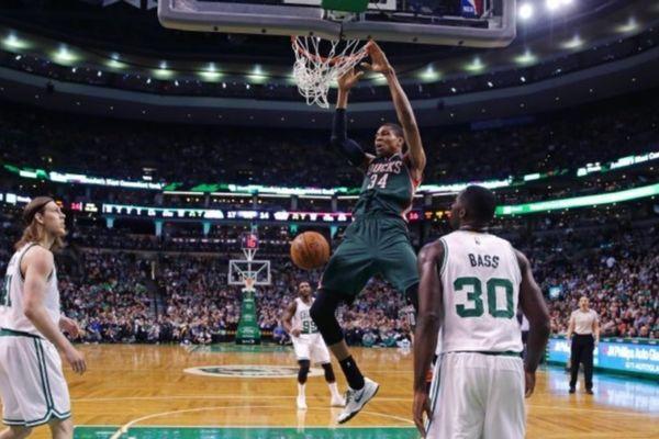 NBA: Νίκη… playoffs για Μπακς και Αντετοκούνμπο (videos)