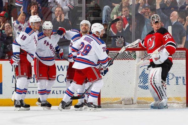 NHL: Απόλυτο πλεονέκτημα για Ρέιντζερς (videos)