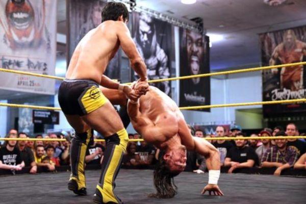 NXT: O δρόμος του Itami για τη WrestleMania (photos+videos)