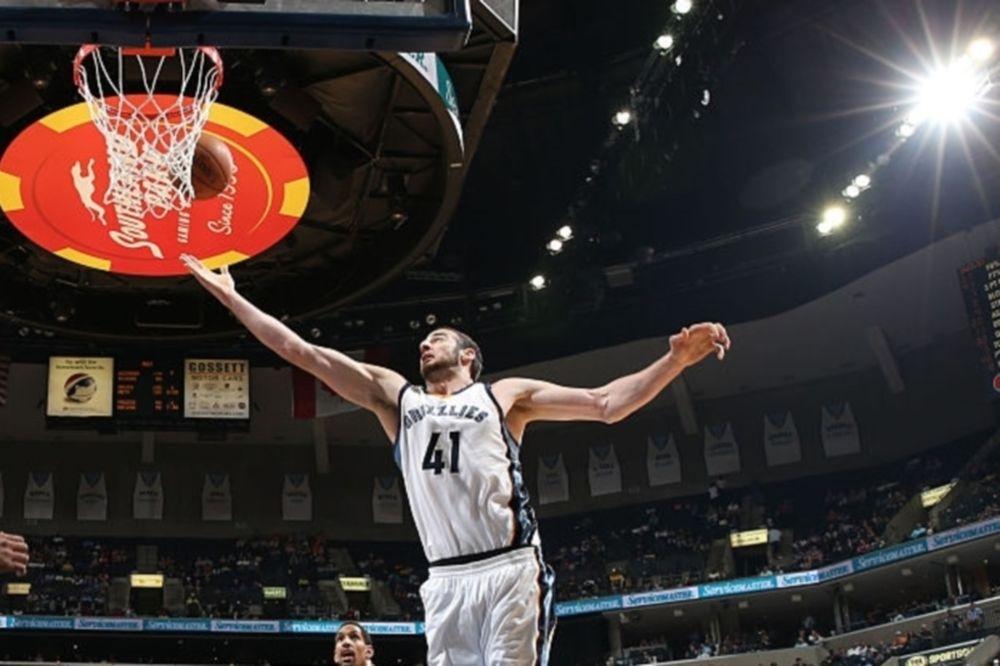 NBA: Παραγωγικός Κουφός και… κενός Αντετοκούνμπο (videos)
