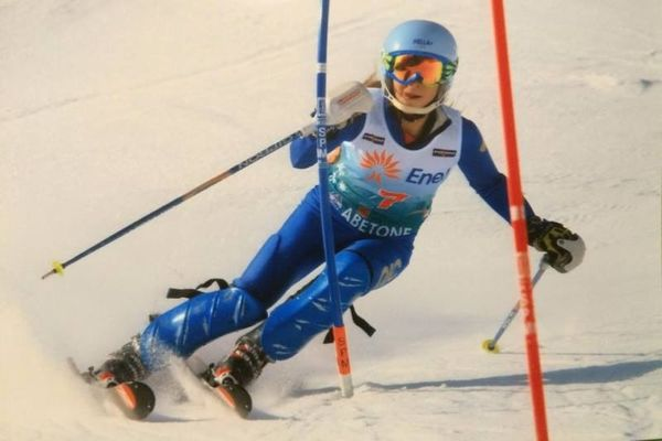 Χιονοδρομία: Κυπελλούχοι Ελλάδας Αγγέλης και Τσακίρη