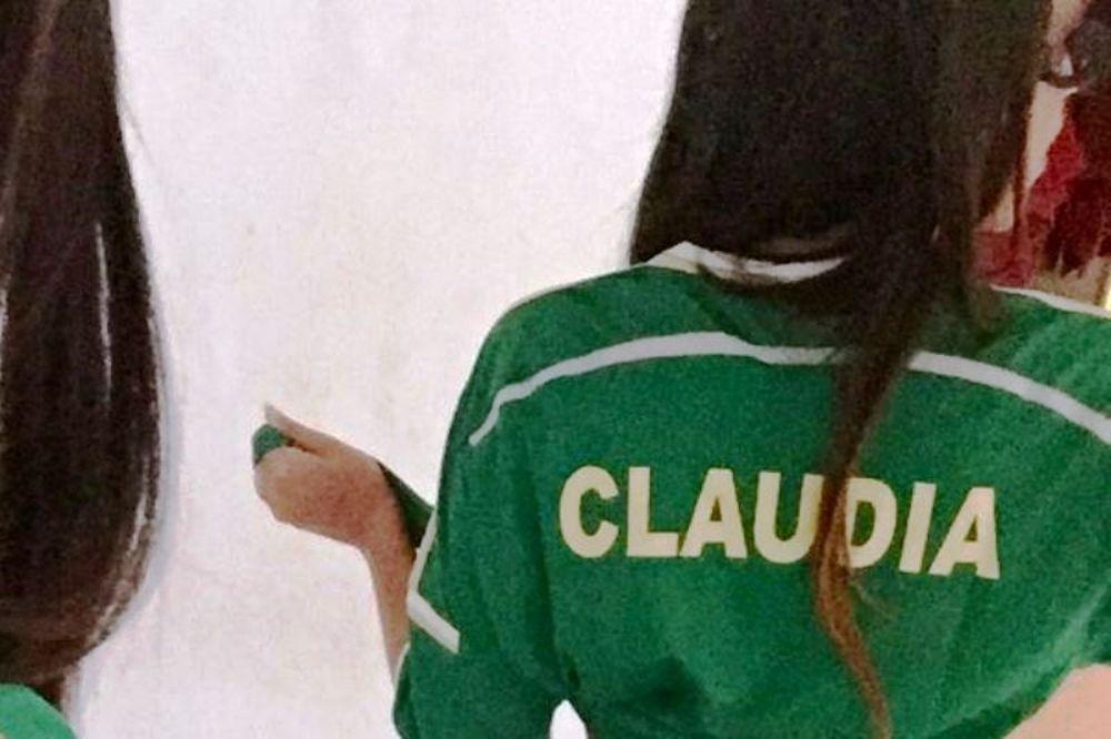 Η... καταπράσινη Κλαούντια! (photos)
