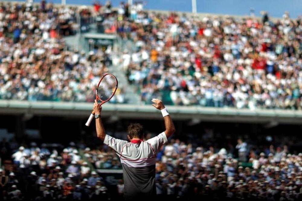 Roland Garros: Ούτε… τώρα ο Τζόκοβιτς, το σήκωσε ο Βαβρίνκα! (video)