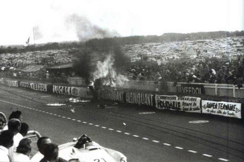 Η πιο φρικιαστική μέρα που συγκλόνισε το μηχανοκίνητο αθλητισμό! (videos, photos)