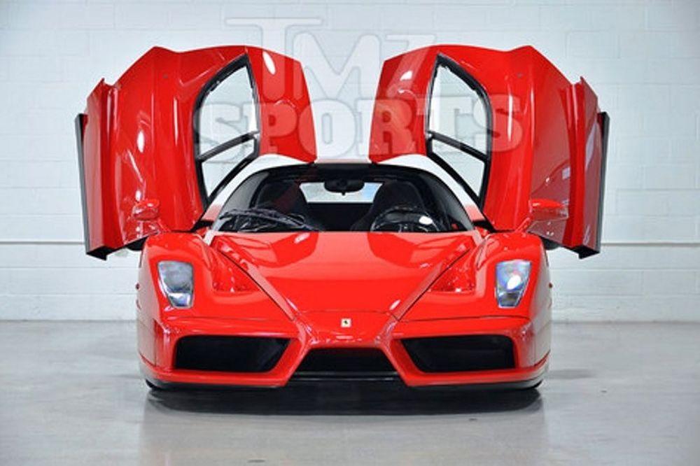Πουλάει τη Ferrari του ο Mayweather!