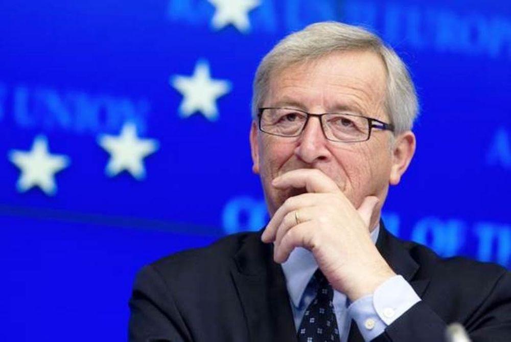 Bloomberg: Συμφωνία μέχρι τη Δευτέρα θέλει ο Γιούνκερ