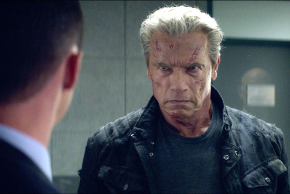 Πρόταση Σβαρτζενέγκερ σε παίκτη του NFL για Terminator (video)