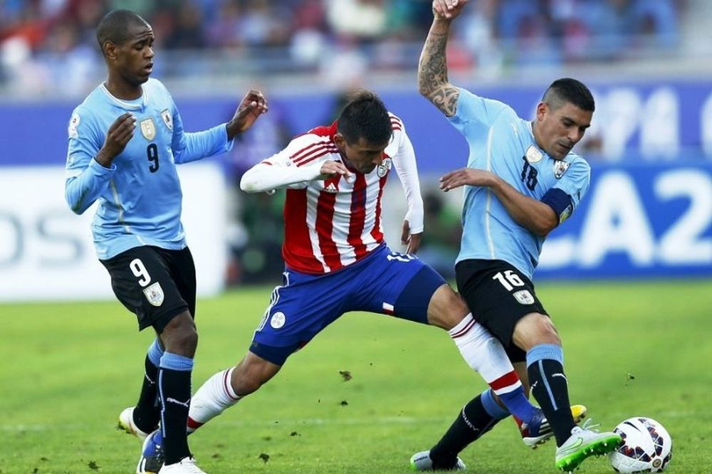 Βολική ισοπαλία για Ουρουγουάη και Παραγουάη (videos)