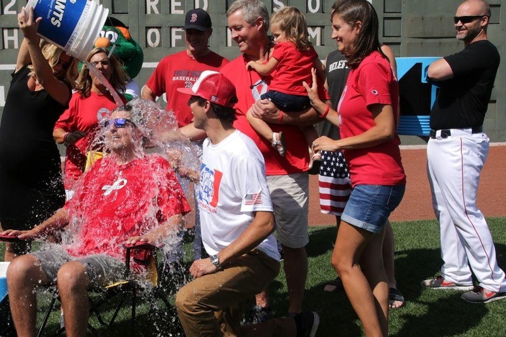 Ο άνθρωπος πίσω από το Ice Bucket Challenge (photos&videos)